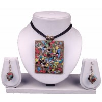 multi color pendant with earrings